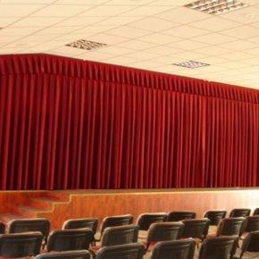 tiyatro salonu sahne perdesi